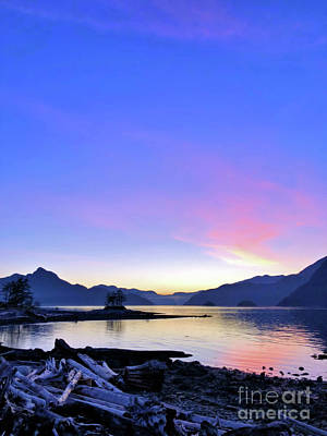 Photograph - Furry Creek Sunset by Victor K