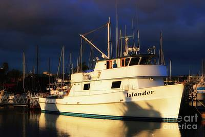 Photograph - Fv Islander by Gus McCrea