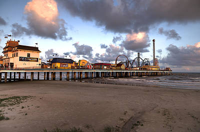 Galveston Island Historic Pleasure Pier Art Print