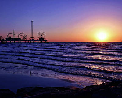 Photograph - Galveston Sunrise by Judy Vincent