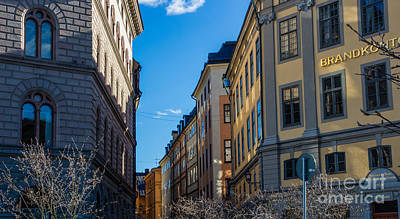 Photograph - Gamla Stan 2 by Suzanne Luft