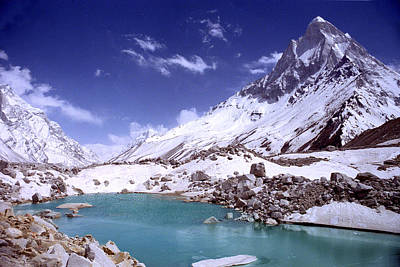 Beauty Photograph - Gandharva Tal And Mount Shivaling by Sam Oppenheim