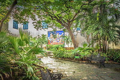 Photograph - Garden In The Square by Bill Howard