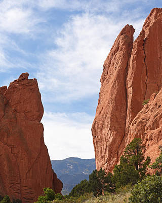 Photograph - Garden Of The Gods Mountain View by Toby McGuire