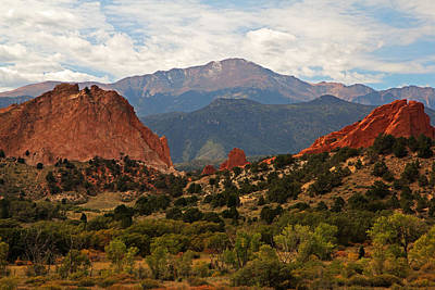 Photograph - Garden Of The Gods by Robert Pilkington