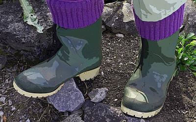 Photograph - Gardener's Fashion Statement by Rhonda McDougall