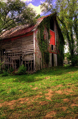 Photograph - Gardner Barn by Ester Rogers