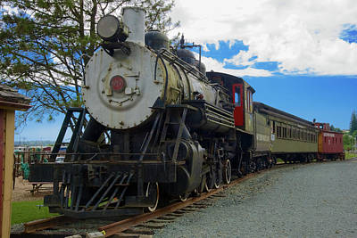 Photograph - Garibaldi Steam by Richard J Cassato