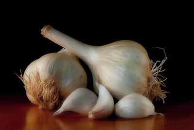 Photograph - Garlic - 0418,s by Wally Hampton