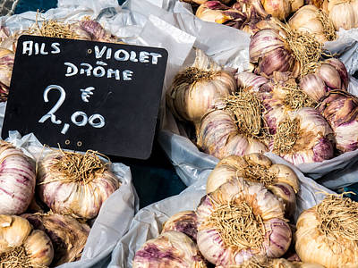 Photograph - Garlic Two Euros by Gary Karlsen