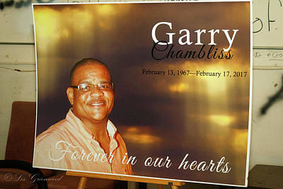 Photograph - Garry by Les Greenwood