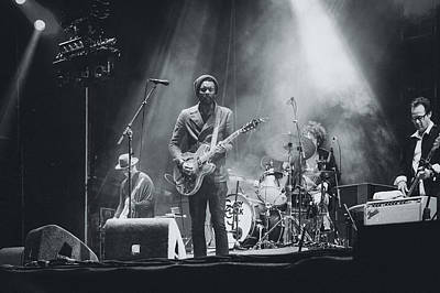 Hop Photograph - Gary Clark, Jr. Playing Live by Marco Oliveira