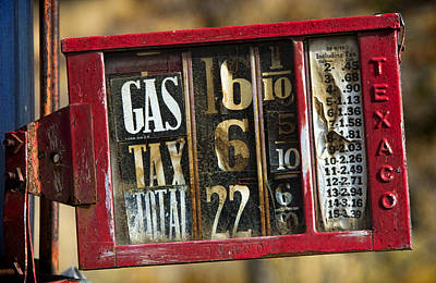 Photograph - Gas Price by Paul DeRocker
