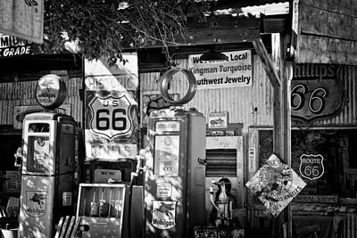 Gas Station On Route 66 Art Print