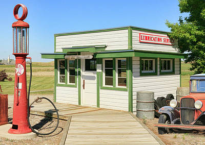 Photograph - Gas Station by Steve McKinzie