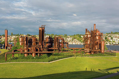 Photograph - Gas Works Park In Seattle Washington by David Gn