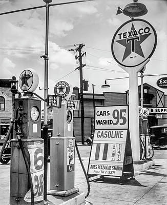 Photograph - Gasoline 11 Cents Car Wash 95 Cents  by Gene Parks