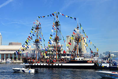 Photograph - Gasparilla Invasion Classic View by David Lee Thompson
