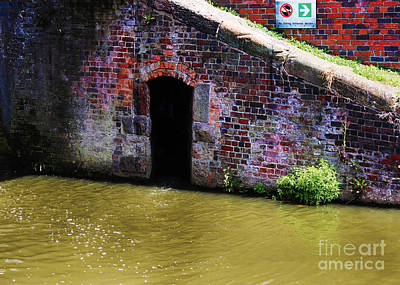 Narrow Boats Digital Art - Gateway In Chester Canal by Chris Evans