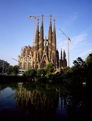 Gaudis Sagrada Familia In Barcelona Print by Chris Hill