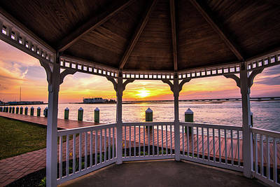 Photograph - Gazebo And Sunset I by Steven Ainsworth