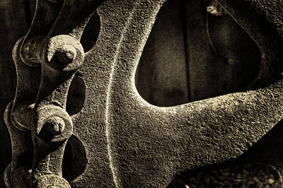 Photograph - Gear Wheel And Chain At Goldfield Ghost Town by Roger Passman