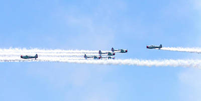 Photograph - Geico Skytypers  by Mark Andrew Thomas