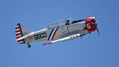 Photograph - Geico Skytypers Number Five by Carol Bradley