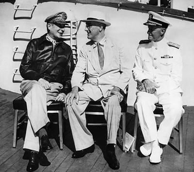 Ev-in Photograph - General Douglas Macarthur, President by Everett