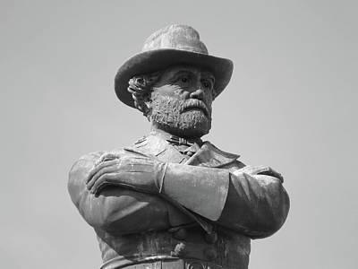 Photograph - General Robert E Lee Circle May 2017 #14 by Sean Gautreaux