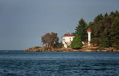Photograph - Georgina Point Lighthouse by Randy Hall