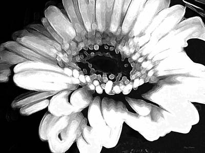 Digital Art - Gerbera by Roxy Hurtubise