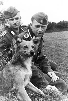 Ww2 Photograph - German Workmen Admire Their Dog by Charles Meagher