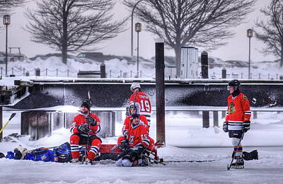 Pond Hockey Photograph - Getting Ready by Don Nieman