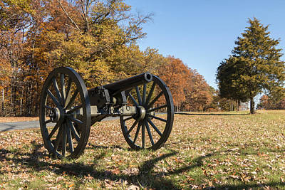 Photograph - Gettysburg - Cannon In East Cavalry Battlefield by Liza Eckardt