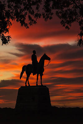 Photograph - Gettysburg - Gen. Meade At First Light by Liza Eckardt