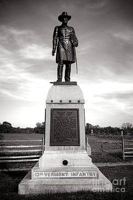 Photograph - Gettysburg National Park 13th Vermont Infantry Monument by Olivier Le Queinec