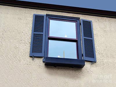 Photograph - Colonial Window by Karen Adams