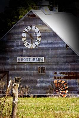 Photograph - Ghost Barn #770 by Ella Kaye Dickey