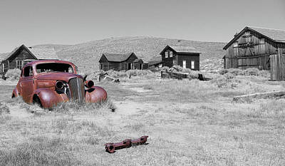 Photograph - Ghost Town Relics by Steve McKinzie