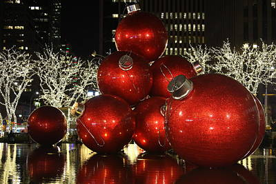 Photograph - Giant Christmas Ornaments In New York City by Vadim Levin
