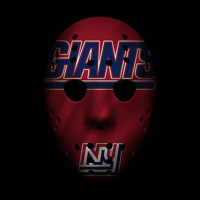 Photograph - Giants War Mask by Joe Hamilton