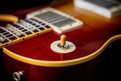Photograph - Gibson Les Paul #4 by Robert J Caputo