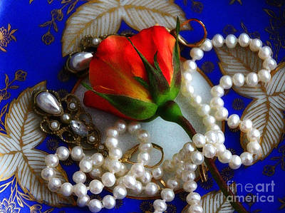 Gift Of Pearls Art Print