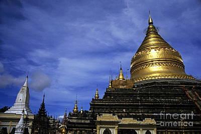 Gilded Stupa Of The Shwezigon Pagoda In Bagan Art Print by Sami Sarkis