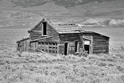 Photograph - Gillmore Prairie Shack by Richard J Cassato