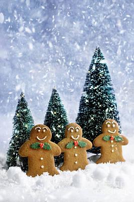 Gingerbread At Christmas Print by Amanda Elwell