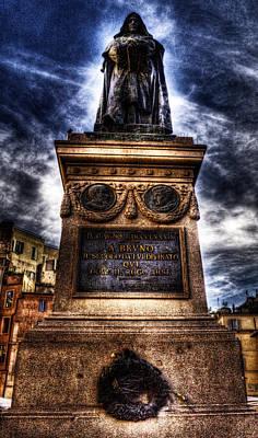 Giordano Bruno Photograph - Giordano Bruno by Brian Thomson