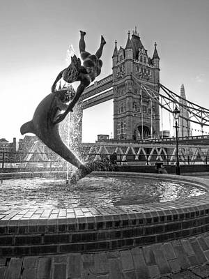 Tower Bridge Photograph - Girl And Dolphin At Tower Bridge Black And White by Gill Billington