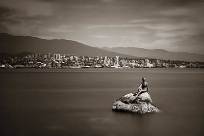 Photograph - Girl In A Wetsuit Sculpture by Songquan Deng